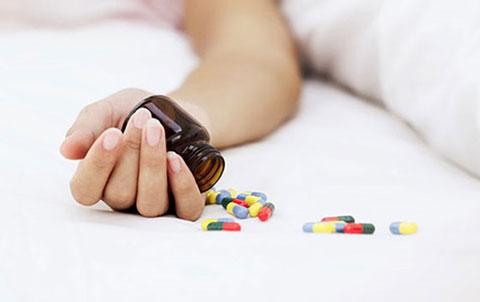 sơ cứu ngộ độc thuốc ngủ